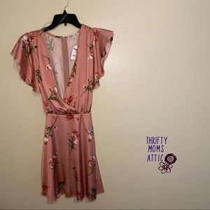 Rose Gold Juniors Small Dress with tie in the back